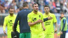 Verona spillere konfronteret af fans efter 1-4 nederlaget!