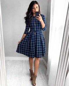 Alice Grid Dress – In der Marine - Kleider Mode Fall Dresses, Elegant Dresses, Pretty Dresses, Sexy Dresses, Summer Dresses, Wedding Dresses, Formal Dresses, Awesome Dresses, Modest Wedding