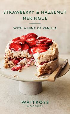 Strawberry & hazelnut meringue A British summer classic with a twist. Crisp hazelnut meringue, with a soft, chewy centre, topped with vanilla ceam and fresh strawberries. Tap to see the full Waitrose & Partners recipe. Hazelnut Meringue, Meringue Desserts, Meringue Cake, Just Desserts, Delicious Desserts, Yummy Food, Meringue Food, Meringue Pavlova, Meringue Kisses