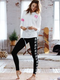 Comfy's a good idea anytime, anywhere—that's the beauty of The Everywhere Legging. | Victoria's Secret