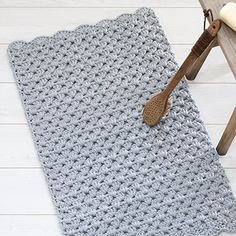 List of attractive matto virkattu ohje ideas and photos Crochet Carpet, Crochet Home, Knit Crochet, Beige Carpet, Diy Carpet, Painting Carpet, Crochet Fashion, Carpet Runner, Handicraft