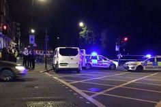 Londonda 19 yaşlı şəxs insanlara hücum etdi: Ölən var -->http://goo.gl/M4yhoh