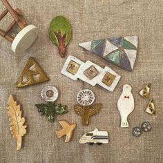 「陶土 ブローチ」の画像検索結果