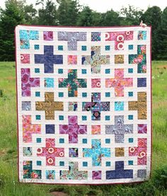 The Violet Quilt Pattern - Kitchen Table Quilting Quilt Patterns Free, Pattern Blocks, Fat Quarter Quilt Patterns, Simple Quilt Pattern, Beginner Quilt Patterns, Block Patterns, Canvas Patterns, Scrappy Quilts, Baby Quilts