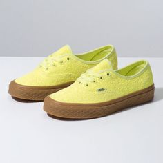 49bfae20d8 Browse bestselling Shoes at Vans including Women s Classics
