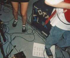 grunge, girl, and indie image Music Aesthetic, Aesthetic Grunge, Aesthetic Photo, Aesthetic Girl, Aesthetic Pictures, Indie Outfits, Garage Band, Retro, Teenage Dirtbag