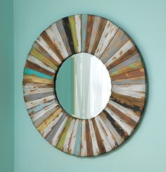 Barnwood mirror - thinking of using it in a hall above an old pine table. Walls are white painted shiplap paneling. Barn Wood Crafts, Barn Wood Projects, Rustic Crafts, Home Projects, Barn Wood Mirror, Old Barn Wood, Wood Framed Mirror, Weathered Wood, Beveled Mirror