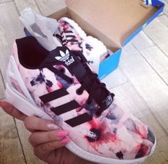 Fitness Apparel Shop @ FitnessApparelExp... Adidas Fashion Reflective Shell-toe Flats Sneakers Sport Shoes Shoes: adidas pastel sneakers blue sneakers grey sneakers petrol dusty pink pink sneakers adidas Image result for adidas tumblr Wallpaper adidas Más https://twitter.com/faefmgianm/status/895095114724327424