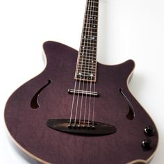 """KOPO-Manhattan-violet-5 – semi-acoustic, electro-electric guitar, hollow body with a maple sound-board, featuring a double output with the new Benedetti """"stick"""" microphone and a Bband electro system."""
