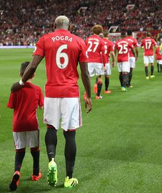 Paul Pogba of Manchester United walks out at Old Trafford ahead of the Premier… Football Icon, Football Is Life, Football Fans, Football Boots, Pogba Wallpapers, Pogba Manchester, Man Utd Fc, Manchester United Wallpaper, Manchester United Players