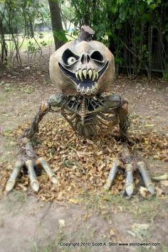 Undead pumkin prop. Awesome Halloween decoration