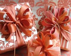 Burnt orange and elegant gift wrapping using sophisticated coloring - Carolyne Roehm #giftwrap