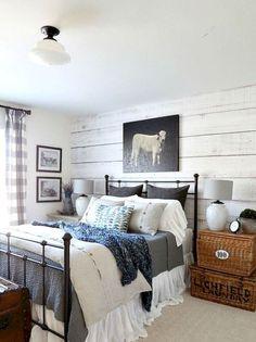 Gorgeous 100 Best Modern Farmhouse Bedroom Decor Ideas https://idecorgram.com/12026-100-best-modern-farmhouse-bedroom-decor-ideas