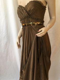Vera Wang Lavender Label 100% Silk dress $1495 Size 8 Euro 42 Prom wedding