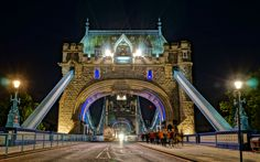Tower Bridge Entrance Gate @ Night https://madipix.com/tower-bridge-entrance-gate-night/