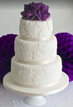 The simple beauty is what stands out the most in these wedding cakes! From the whimsical ruffles to small floral details, these cakes and perfect for a quaint yet elegant wedding. To get some more ideas for the perfect wedding cake, scroll down and check these pretty ones out!