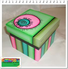 Pinceladas al aire: Cajas Painted Wooden Boxes, Wood Boxes, Painting On Wood, Tole Painting, Paper Mache Boxes, Paint Storage, Pretty Box, Explosion Box, Sewing Box