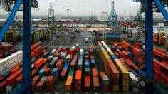 IMF cuts global growth outlook but raises UK forecast    10/8/13