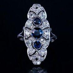 Bijoux Art Deco, Art Deco Jewelry, Fine Jewelry, Jewellery Box, Jewellery Shops, Jewlery, Art Deco Diamond, Art Deco Ring, Antique Jewelry