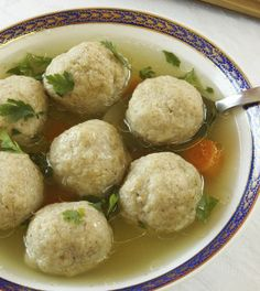 "Do not like chicken soup my mother . Yummy Bites from Israeli cuisine: chicken soup - H""fnitzilin ""of the Jewish mother - ISRAELI FOOD - Israeli food Healthy Hanukkah Recipes, Healthy Gourmet, Hanukkah Food, Passover Recipes, Jewish Recipes, Passover Meal, Seder Meal, Hannukah, Happy Healthy"