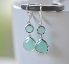 Hey, I found this really awesome Etsy listing at https://www.etsy.com/es/listing/170499811/aqua-lagrima-plata-colgantes-pendientes