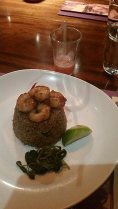 Chilli prawn fried rice (minus the mushrooms) with a guava bellini from busaba eathai