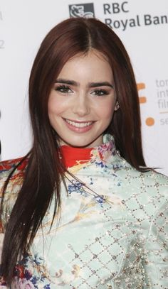 Lilly Collins, bold brows