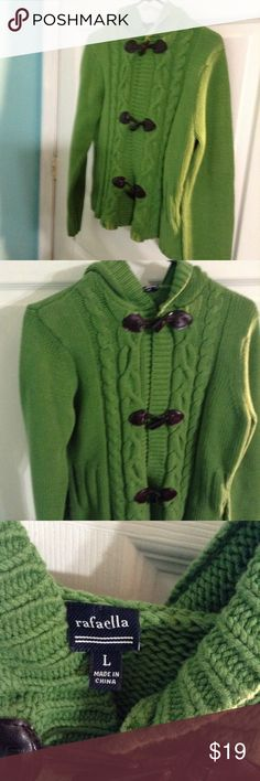 RAFAELLA hooded  sweater green tiger tooth buttons Long sleeve Cotten blend hooded  very warm stylish looks good with jeans size Large Rafaella Sweaters Cardigans