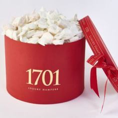 1701 Luxury Nougat hat box