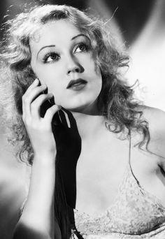 """Ann Darrow in """"King Kong""""- Fay Wray."""
