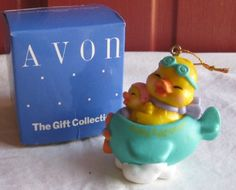Easter Eggspression Plane Ornament By Avon The Gift Collection http://www.amazon.com/dp/B0087OXCB0/ref=cm_sw_r_pi_dp_Vjo6ub1ASFBW4