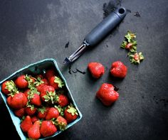 Easy trick to hulling strawberries (why did I never think of this!?)