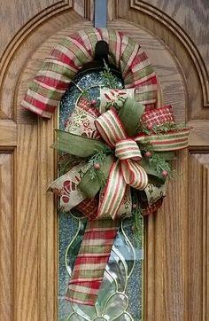100 Cheap Dollar Store Christmas Decor Ideas in your budget - Ethinify Christmas Mesh Wreaths, Outdoor Christmas Decorations, Christmas Centerpieces, Rustic Christmas, Christmas Crafts, Christmas Ornaments, Door Wreaths, Christmas Tree, Candy Cane Wreath