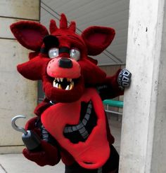 Foxy the Pirate Cosplayed by http://toastylynx.tumblr.com/