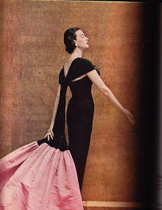 HARPERS BAZAAR November 1952 Avedon Balenciaga Dorian LEIGH
