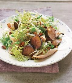 frisee salad with chicken figs and almondsIngredients1 large shallot2½ tbsp. sherry vinegarcoarse sea saltFreshly ground pepper5 tbsp. extra-virgin olive oil1 head frisée1½ c. shredded roast chicken8 fresh green and/or purple figs¼ c. chopped smoked almonds