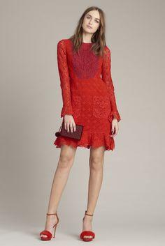 Monique Lhuillier Pre Fall 2016: Monochromatic colors are on trend!