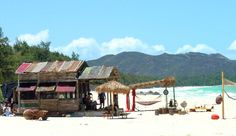 Entourage beach shack set at Waimanalo Beach