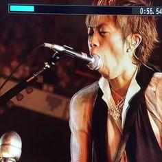 マイクと戦うYUKI P'UNK    食べる!投げる!クレイジーなyukihiroさんも好きですよ(゚∀゚)b   #yukihiro #ラルク #L'Arc yukihiro,#ラルク