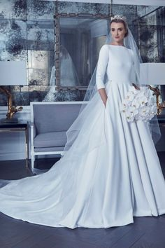 Style RK405 and RK8481SKT, wedding dress inspired by Buckingham Palace, Romona Keveža