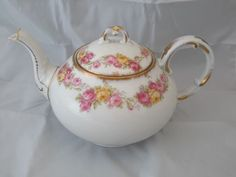 Limoges Elite Bawo & Dotter Teapot Pot with Lid - For Display Only
