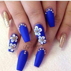 Gold Nail Designs, Flower Nail Designs, Nail Designs Spring, Acrylic Nail Designs, Royal Blue Nails Designs, 3d Flower Nails, Spring Design, Blue Coffin Nails, Blue Acrylic Nails