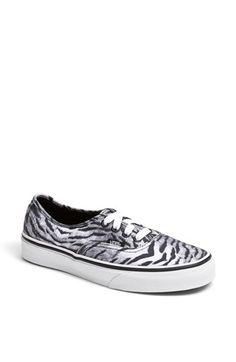 6fea73e346 Vans  Authentic  Sneaker (Women)