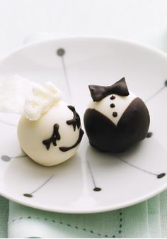 """Bride & Groom OREO Cookie Balls – We've taken the sweet, creamy OREO Cookie ball to a new level of cuteness. Our easier-than-they-look dessert gems are sure to get """"oohs"""" and """"aahs"""" at your big event."""