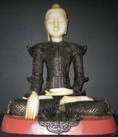 Mandalay Teak Wood alabaster seated Buddha Statue. 19th Century. Head and hands alabaster and body wood