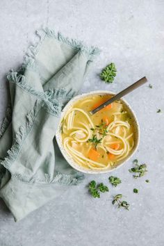 Make ahead chicken noodle soup is a classic and this comforting recipe has the option to make into a freezer meal! Perfect to keep on hand for when the family gets sick or just wants a warm bowl of soup! via happymoneysaver #makeahead #freezermeal #easydinner #chickennoodlesoup #chickensoup #forthe soul #chicken #hearty #dairyfree #soup