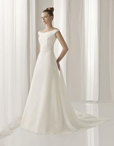 Aire Barcelona Unico Bridal Gown