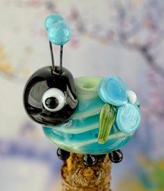 Juliet..... lampwork beetle bug bead...... sra by DeniseAnnette on Etsy