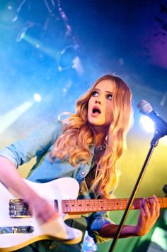 florrie... obsessed with her music :)