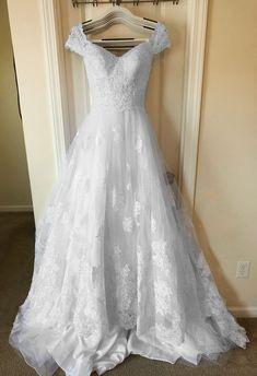 71600a7b965f Oleg Cassini CWG768, $750 Size: 6 | New (Un-Altered) Wedding Dresses